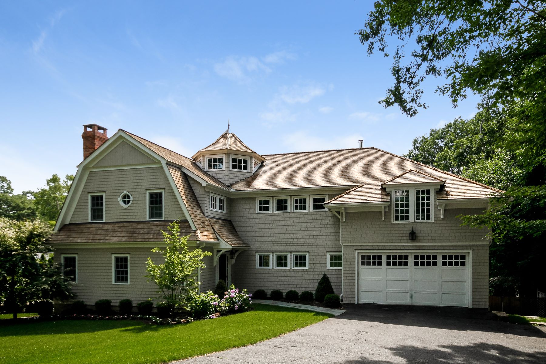 Single Family Homes for Sale at Totally Rebuilt Colonial in the Heart of Greens Farms 16 Turkey Hill Road South Westport, Connecticut 06880 United States