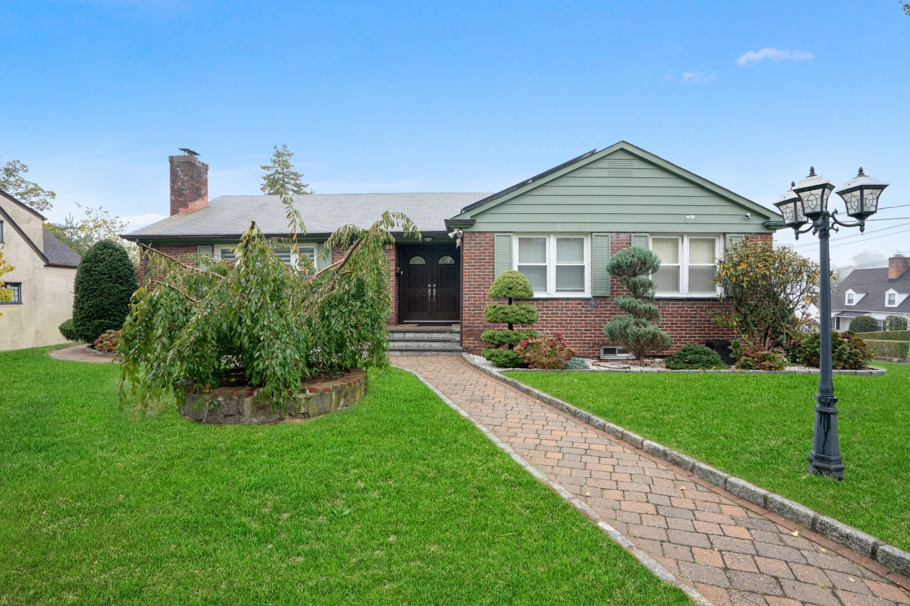 Single Family Homes for Active at Welcome To 25 Rosedale Road 25 Rosedale Road Yonkers, New York 10710 United States