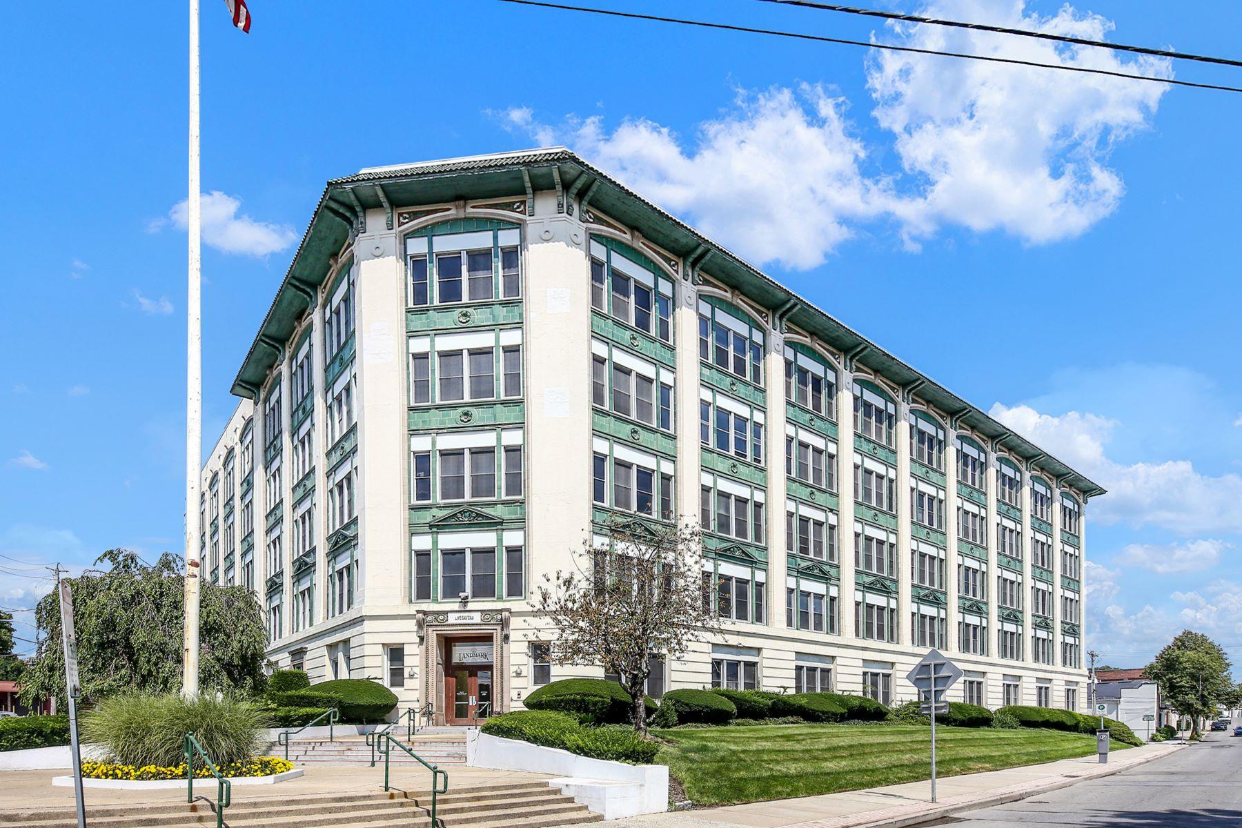 Apartments 為 出售 在 1 Landmark Square 610, Port Chester, 纽约 10573 美國