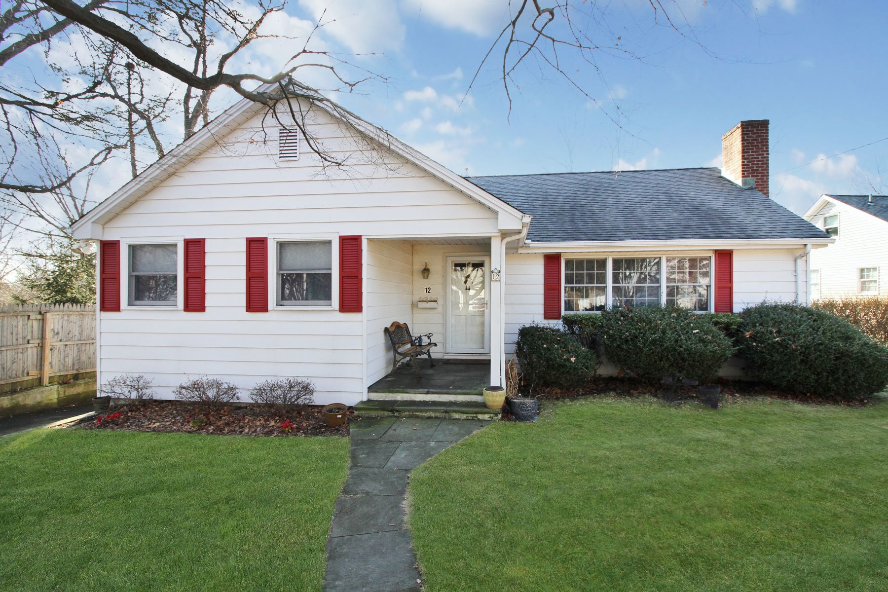 Single Family Home for Sale at One Level Living in Bettswood 12 Woodcrest Road, Norwalk, Connecticut, 06851 United States