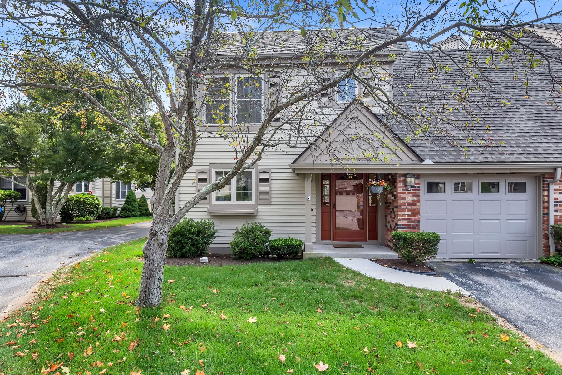 townhouses for Sale at 35 Benedict Crossing 35 Norwich, Connecticut 06360 United States